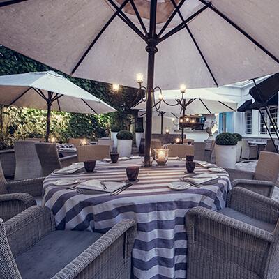 tintagel-dining-courtyard-2